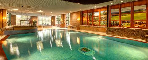 Craigendarroch resort swimming pool