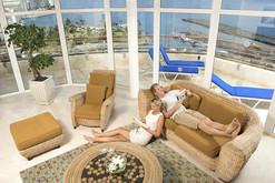 Relaxing in Club Gran room