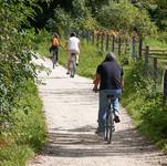 cycling-2666733_960_720.jpg