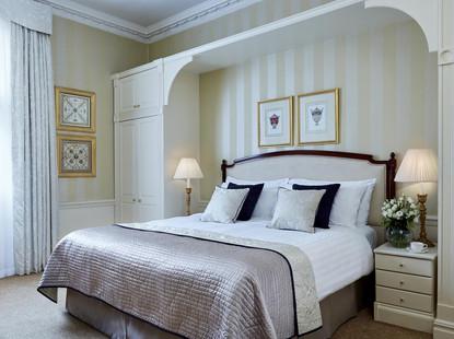 Spcious bedroom at 47 Park Street