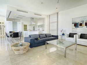 Light and open plan living
