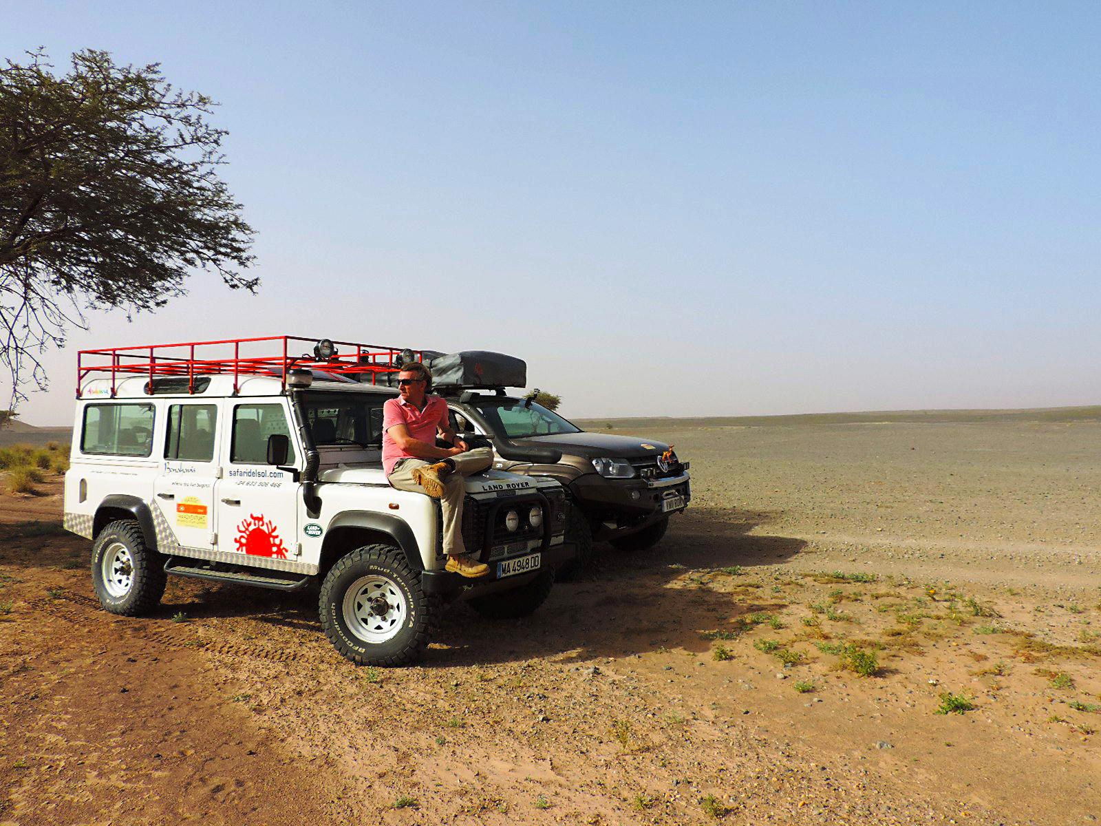 Marco safari sahara land rover