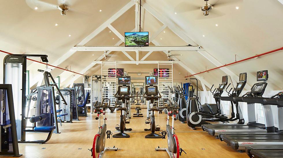 Village_d'ile-de-France_gym_1.jpg