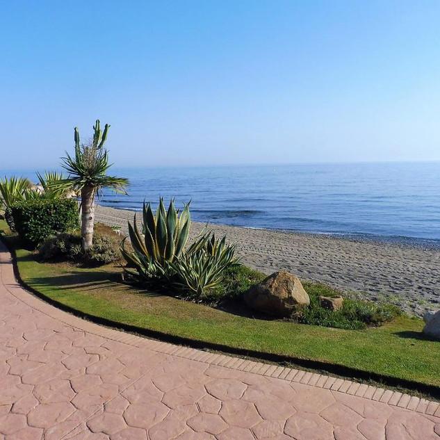 Estepona beach.jpg