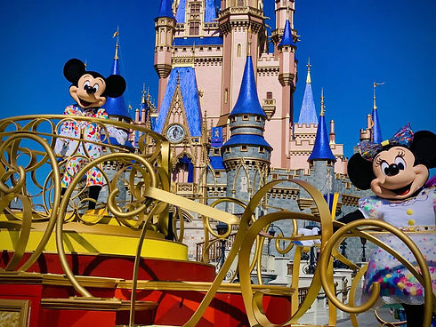 Minnie Mouse and Disney Castle