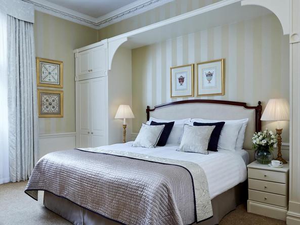 Bedroom in Marriott 47 Park Street