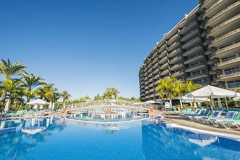 Club Gran Anfi pool terrace