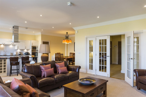 Open plan living at Cameron Club