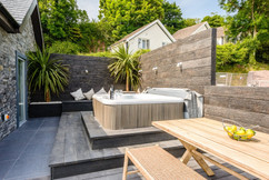 Laugharne Park terrace with hot tub