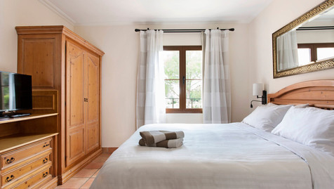Son Antem doubole bedroom