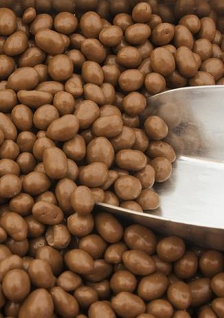 Milk_Choc_Peanuts.jpg