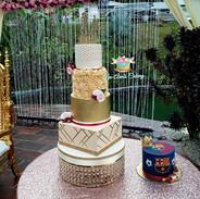 Beautiful buttercream wedding cake. Brid