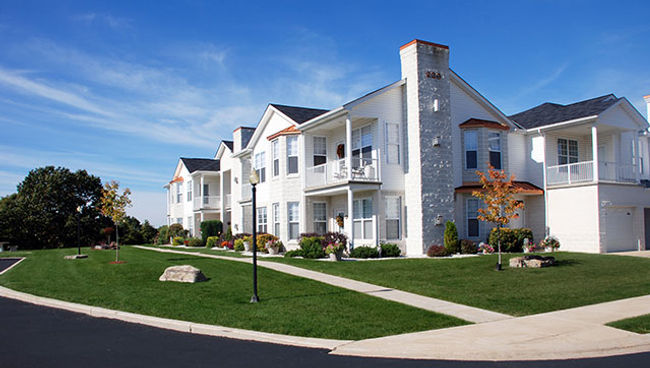 Landscape Management & Enhancements, Hotel, Washington, PA, South Fayette, Butler County, Beaver County, Westmoreland County, Commercial lawn care