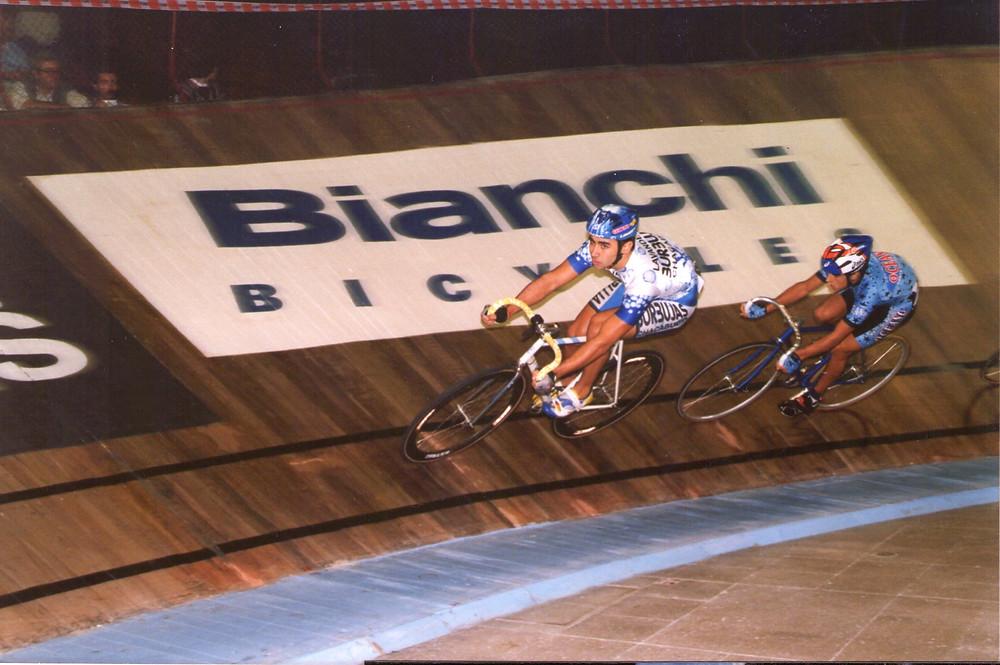6 Dias en Bicicleta Luna Park (1999)