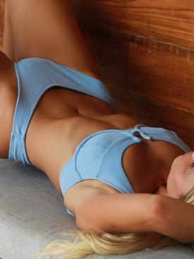Micaela-lager-wanita-swim21.jpg