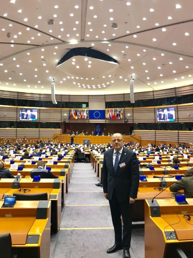 kocer-avrupa-parlamentosunda-10584182_o.