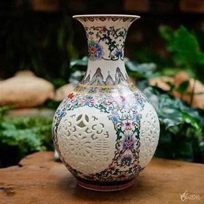 Vaso Porcelana Decorativo Detalhes Vazado 29 cm