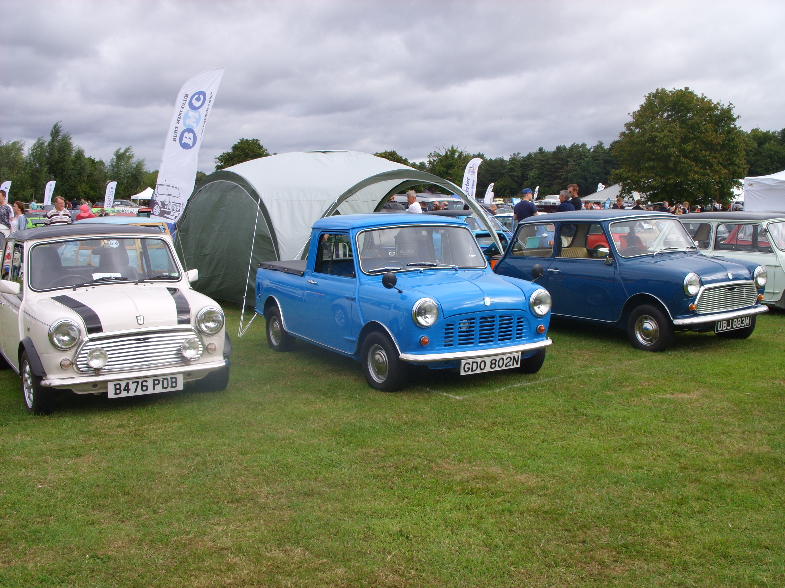 Cars by the Lake 2016