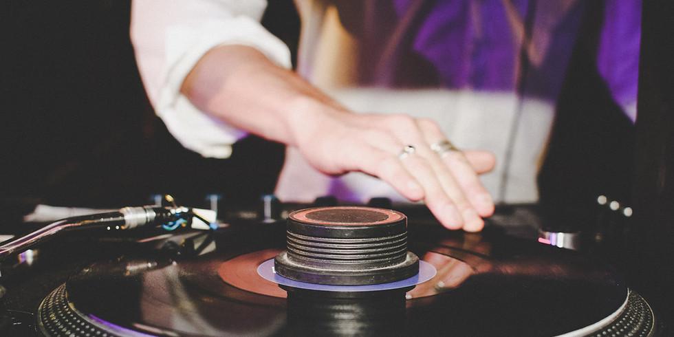 Saturday night DJ Gari