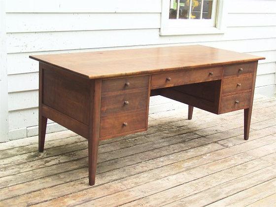 Litchfield Desk