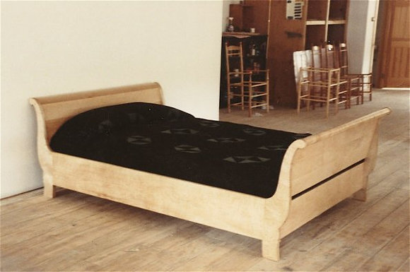 Dover Sleigh Bed