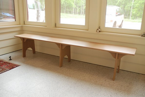 Low Shaker Bench