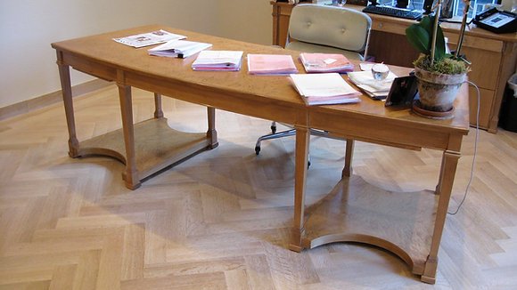 BB's Desk
