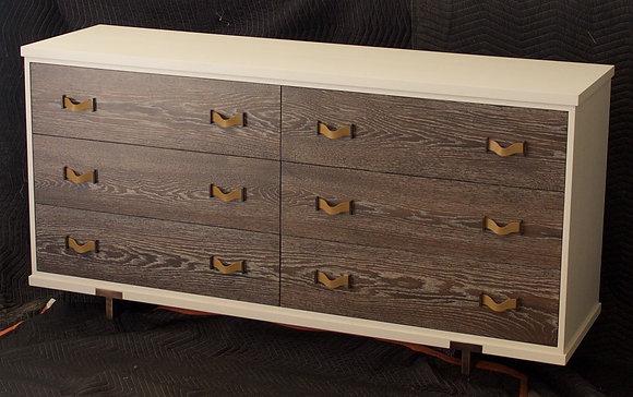 Hard Rock Dresser