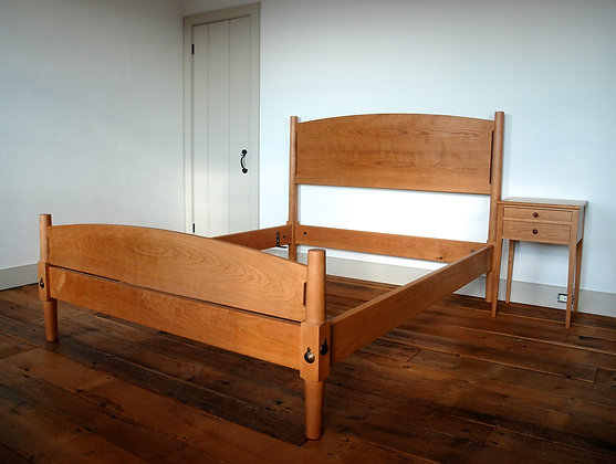 Arched Foot and Headboard