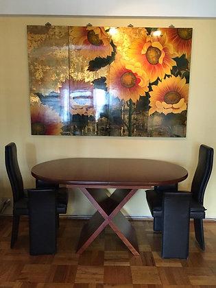 Devine's Expanding Table