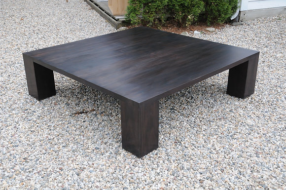 Boxer Table