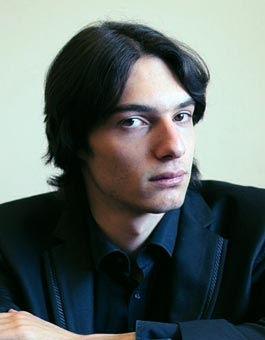 Adi Neuhaus, piano | Zefunot Culture