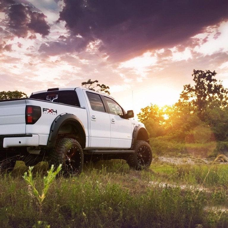 Exterior (Large Truck/Large SUV/Minivan)