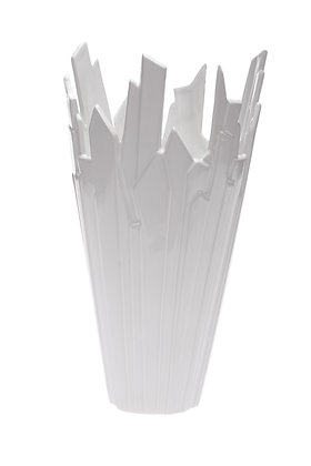 BROKEN CRYSTAL VASE