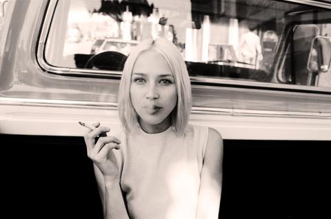 Lauren%20smoking%20close%20up%20web%20se