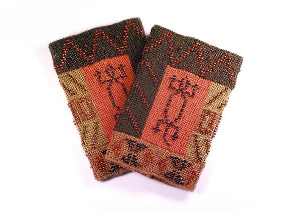 Riešinės su afrikietiškais raštais
