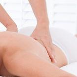Medizinische Massage zur Behandlung von Verspannungen