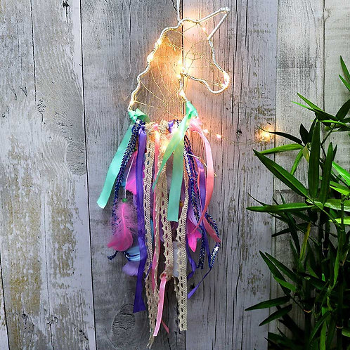 Dreamicorn Light Up Unicorn Dreamcatcher: light up function