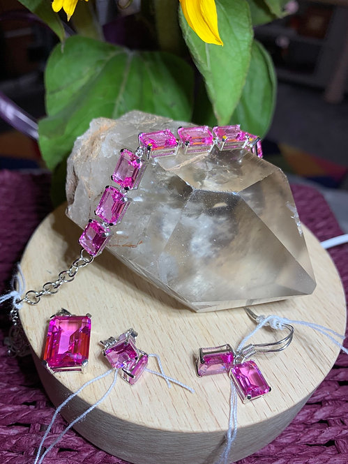 Siberian Pink Saphire Emerald cut Jewellery