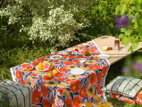 Das Rosarium-Motiv von Marimekko - Zauber des Blumengartens
