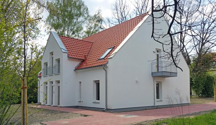 Haus 2 mit 4 Wohnungen - Eingangsseite