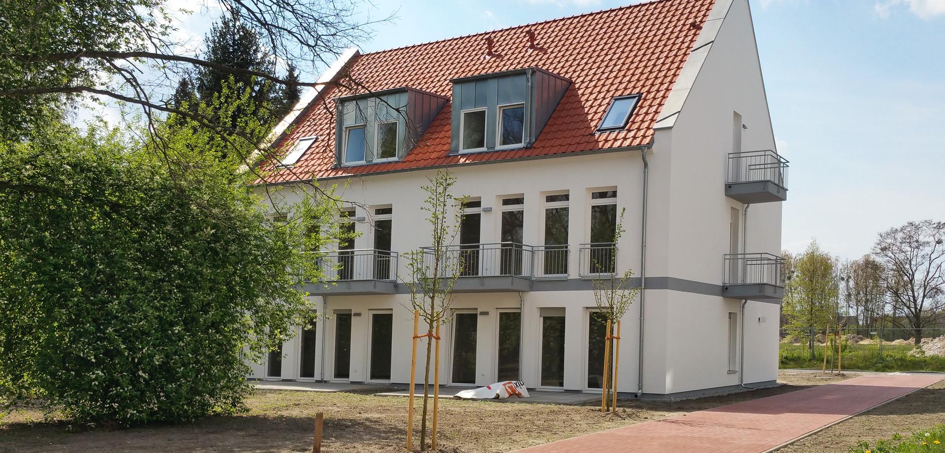 Haus 1 mit 6 Wohnungen - Gartenansicht