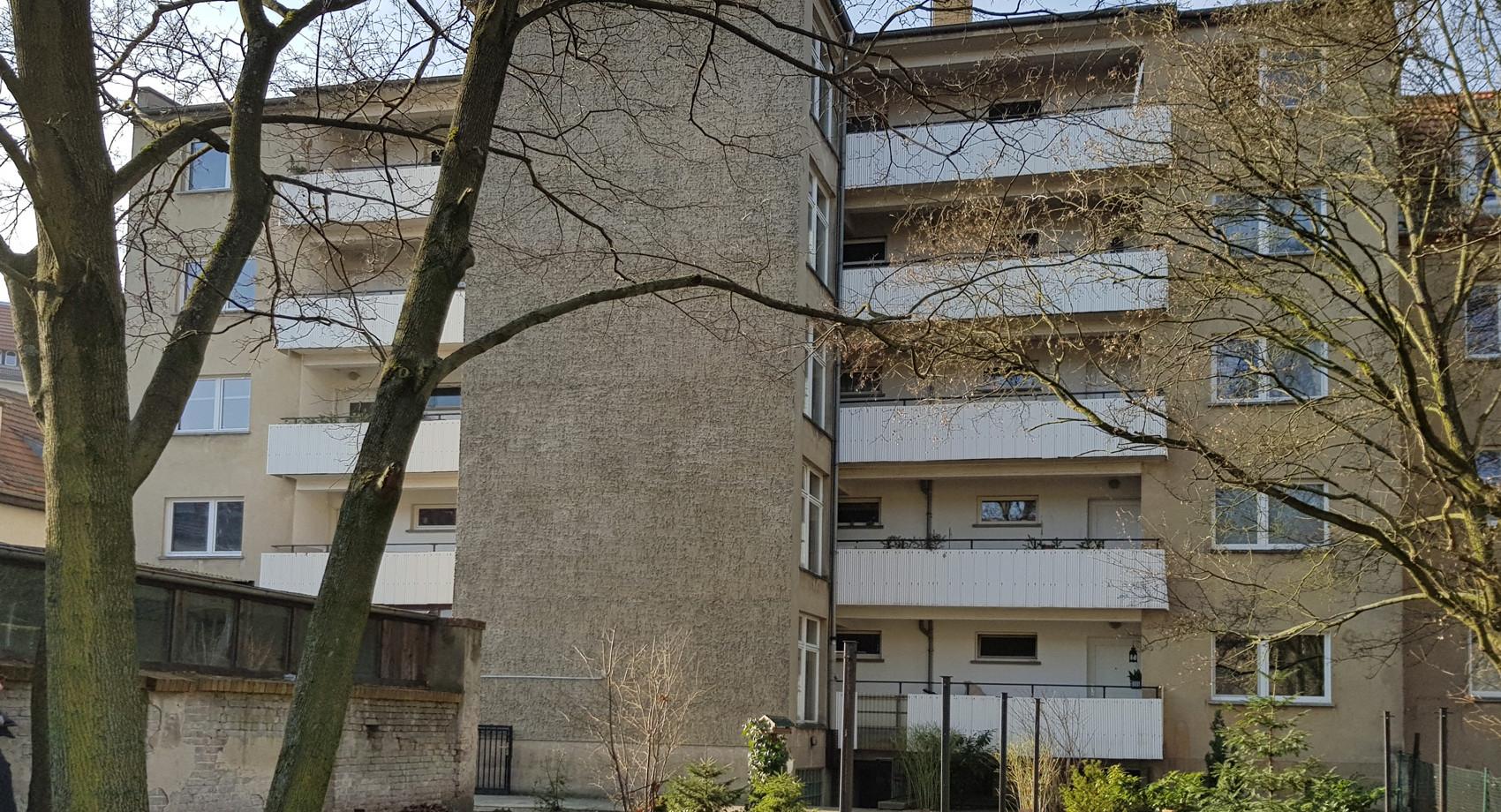 Hofseite vor Sanierung