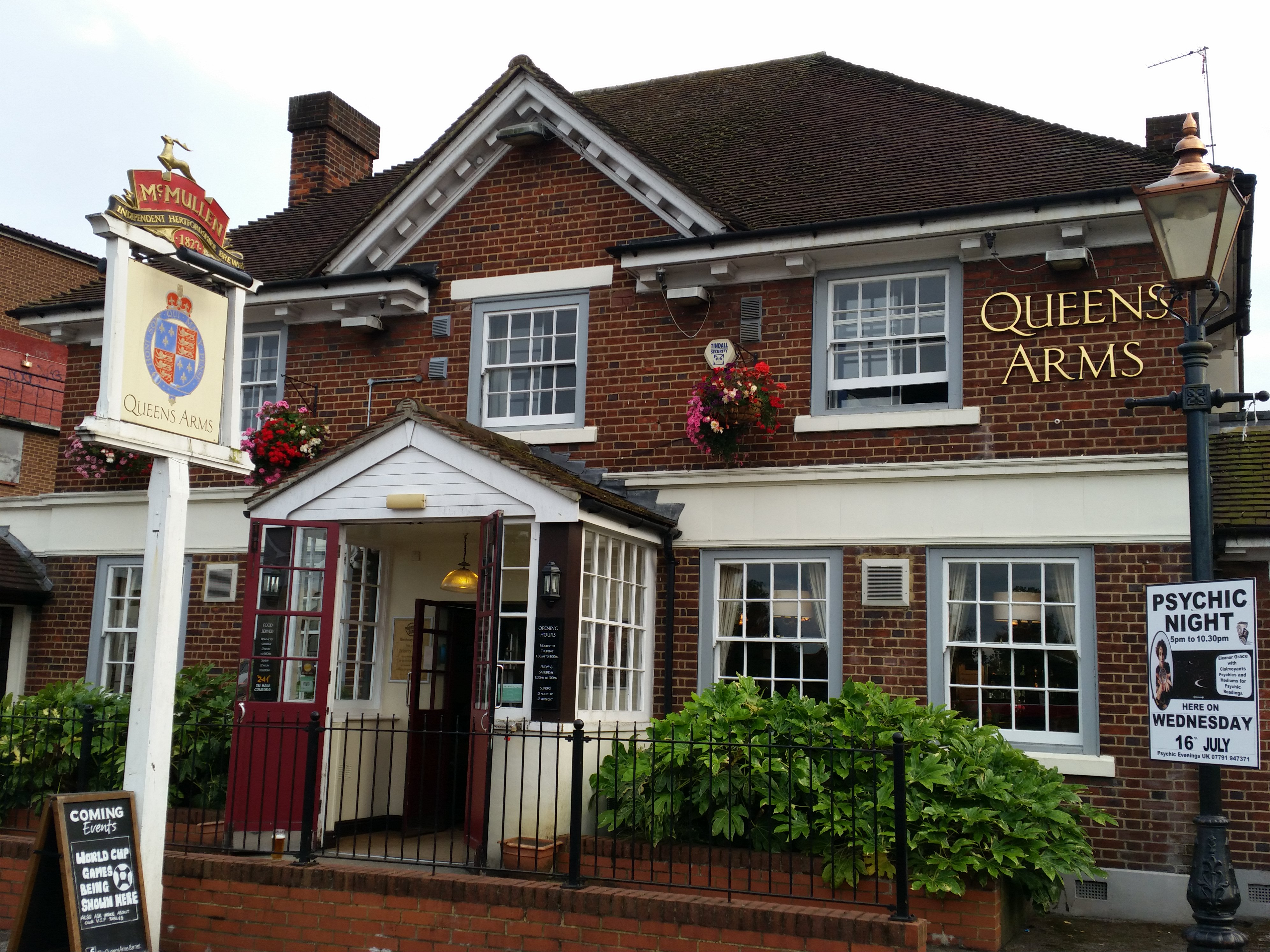 The Queens Arms, Barnet