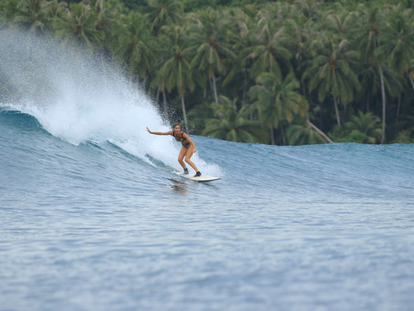 Island locked in paradiseWorld Class right, Mentawai, West Sumatra-Indonesia / 29 March, 2020.