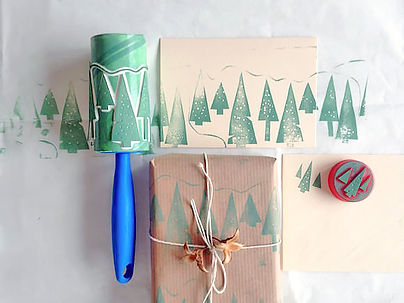 stamp roller gift wrap