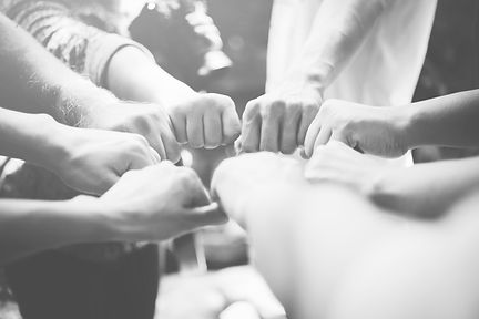 strength-people-hands-success-meeting_ed