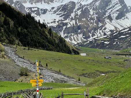 Alpenferien im kalten Juni