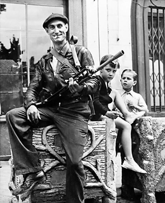 Os Partisans e a Música de Resistência