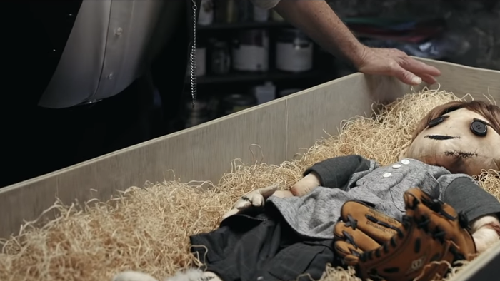The Dollmaker: assista ao assustador curta de terror